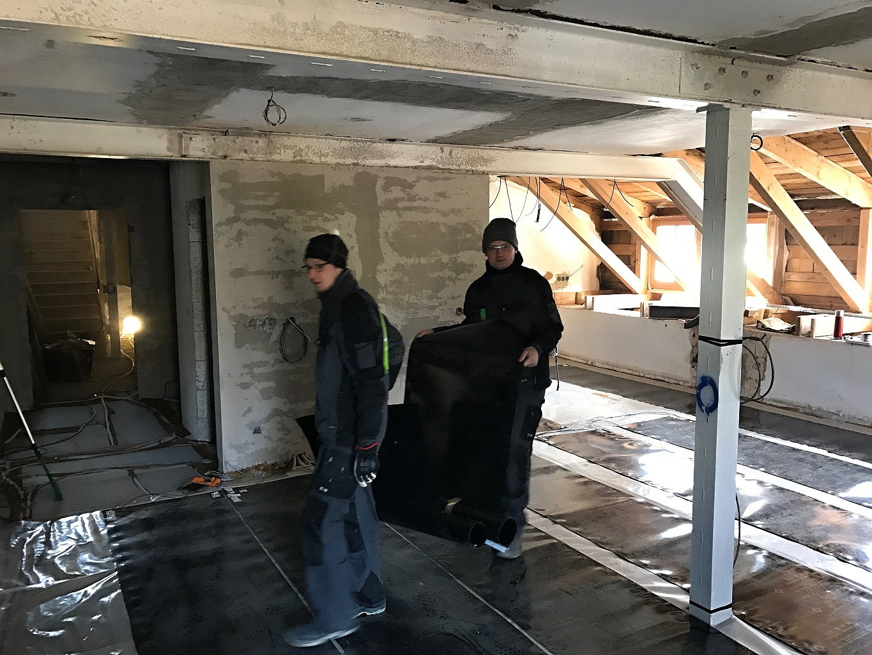 Rekonštrukcia horskej chaty v Hraběticiach v Jizerských horách 11/15