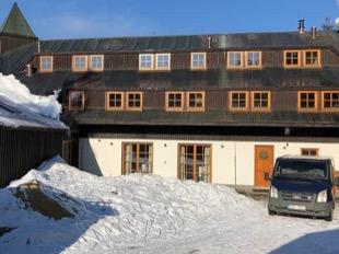 Rekonštrukcia horskej chaty v Hraběticiach v Jizerských horách